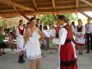 Establishing a summer traditional dance camp in Gyepes